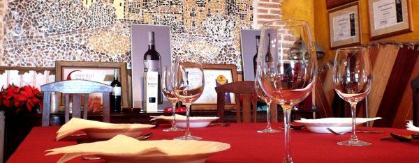 Comer en bodega de Rioja Alavesa